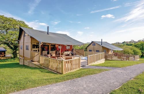 Last Minute Cottages - Tasteful Narberth Lodge S108282