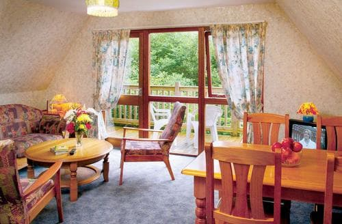 Last Minute Cottages - Delny Highland Lodge