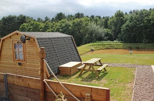 Last Minute Cottages - Lakeside Pod Plus