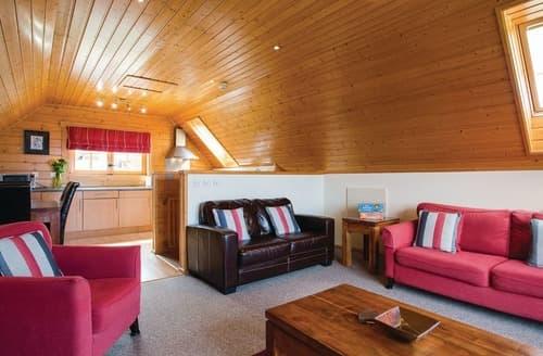Last Minute Cottages - Tregea Lodge (Pet)