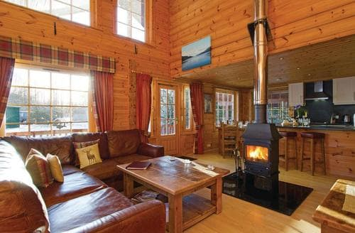 Big Cottages - Dalwhinnie Premier Lodge