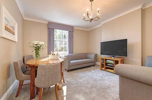 Last Minute Cottages - Captivating Dawlish Lodge S122890