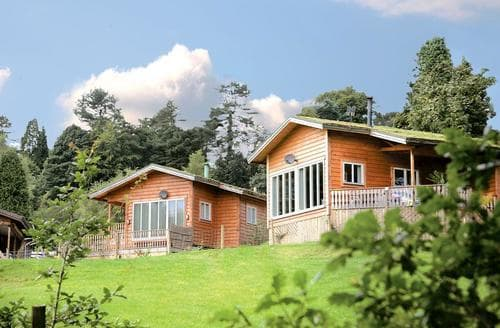 Last Minute Cottages - Rudyard Heronsview