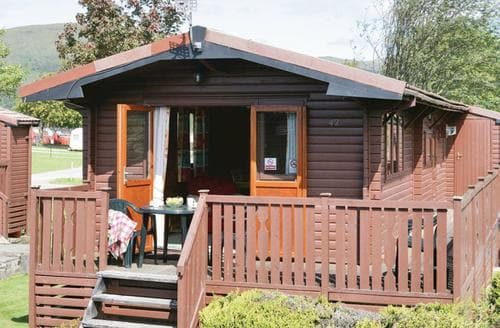 Last Minute Cottages - Cosy Camaghael Lodge S109810