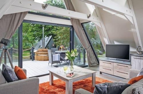 Last Minute Cottages - Excellent Praze An Beeble Nr. Camborne Lodge S108439