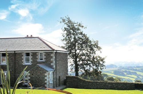 Last Minute Cottages - Adorable Penpillick Lodge S110558