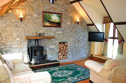 Last Minute Cottages - Cerrig Cottage