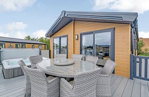 Last Minute Cottages - Superb Sidmouth Lodge S106782