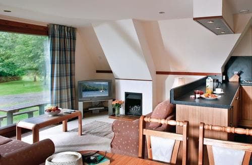 Last Minute Cottages - Charming Kinlochlochy Lodge S110831