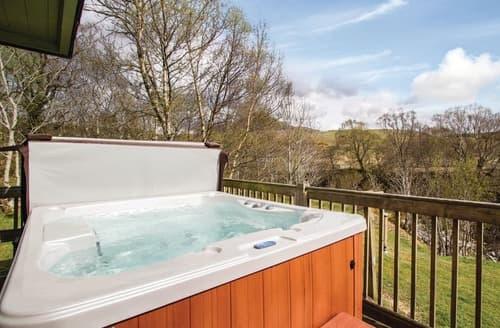 Last Minute Cottages - Beautiful Whitebridge Lodge S111588