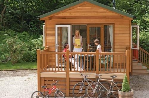 Last Minute Cottages - Woodland Retreat Plus