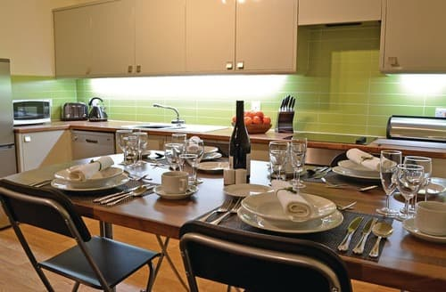 Last Minute Cottages - Exquisite Glyn Ceiriog Lodge S106754