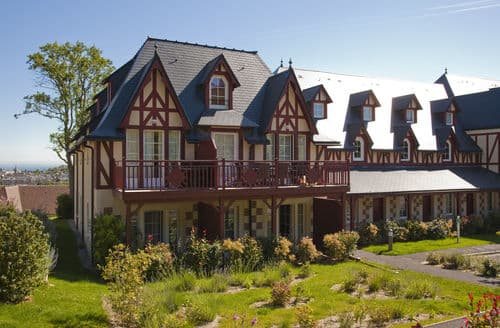 Last Minute Cottages - Résidence Houlgate & Spa  6