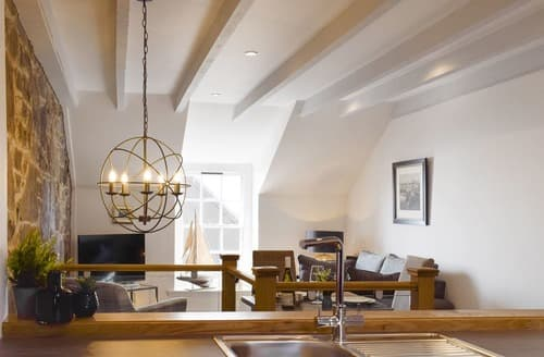 Last Minute Cottages - The Sailmakers Loft