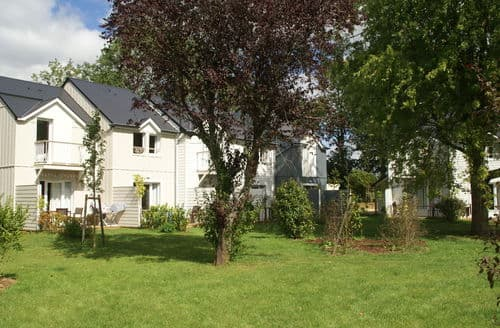 Last Minute Cottages - Normandy Garden 5