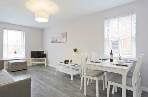 Last Minute Cottages - Inviting Reydon Apartment S163917