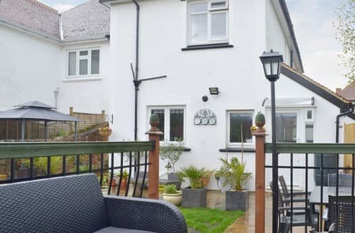 Last Minute Cottages - Tasteful Minehead Cottage S164051