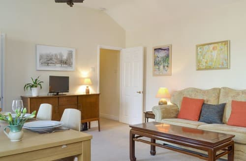 Last Minute Cottages - Adorable York Apartment S164152