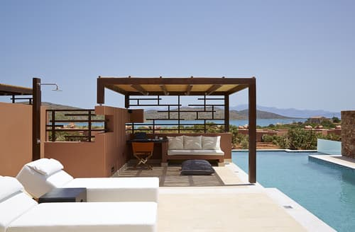 Last Minute Cottages - The Residence 3 bedroomed villa