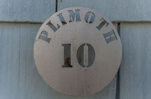 Last Minute Cottages - Plimoth N9 and N10, Yarmouth