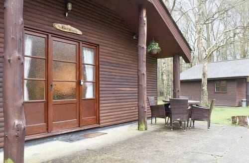 Last Minute Cottages - Hornbeam Lodge - UK11256