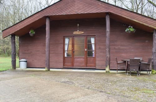Last Minute Cottages - Silver Birch Lodge - UK11259