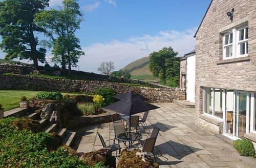 Last Minute Cottages - Street Farm Cottages   Entire Site S99072