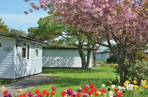 Last Minute Cottages - Kendal Chalet Plus Spa