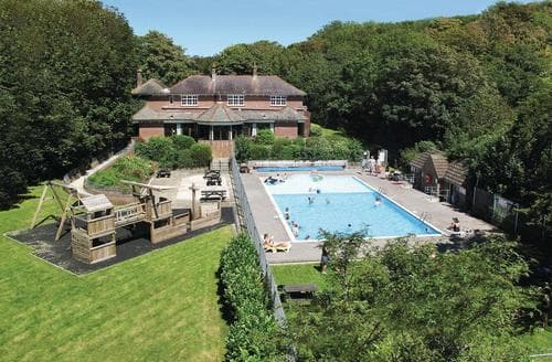 Last Minute Cottages - Captivating Weymouth Lodge S164892