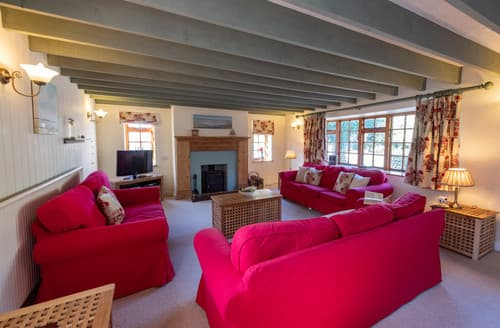 Last Minute Cottages - Loke House