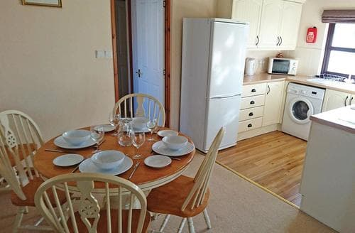 Last Minute Cottages - Kingfisher Lodge 18