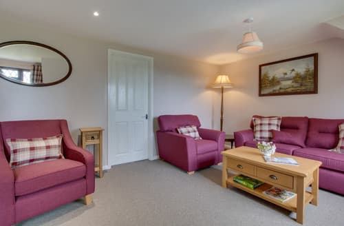 Last Minute Cottages - Lovely Northiam Apartment S165101