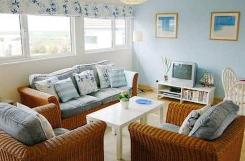 Last Minute Cottages - Attractive Padstow Cottage S20631