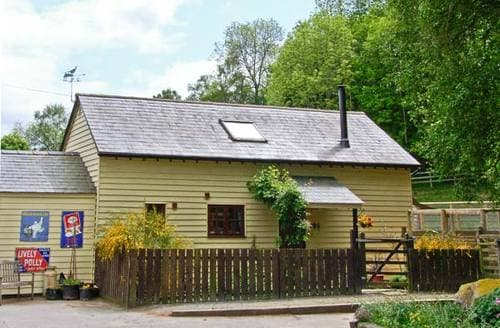 Last Minute Cottages - Captivating Presteigne Lodge S5165
