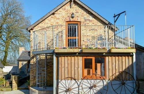 Last Minute Cottages - Lane End Loft - UK10657