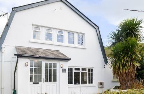 Last Minute Cottages - Beautiful Cei Bach Cottage S165216