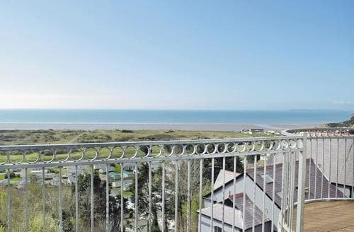 Last Minute Cottages - Pendine Hillside Apartment