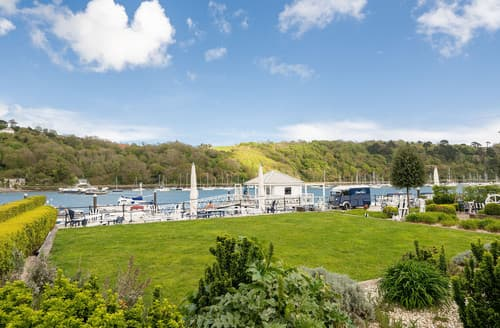 Last Minute Cottages - Stunning South Devon Dartmouth Apartment S165259