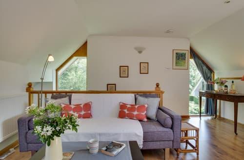 Last Minute Cottages - Aston's Loft