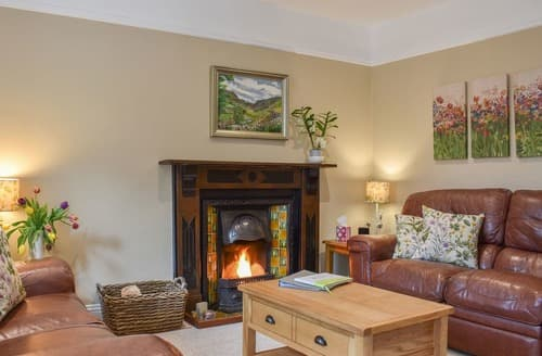 Dog Friendly Cottages - Burton House - UK10607