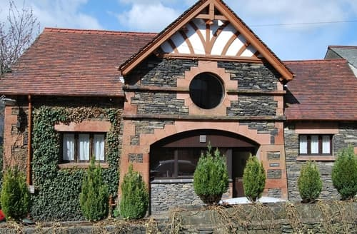 Last Minute Cottages - The Round Window