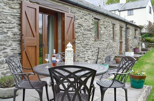 Last Minute Cottages - Siabod View
