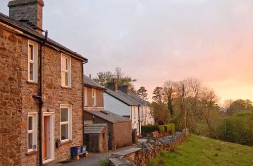 Last Minute Cottages - 1 Bryn Gwyn