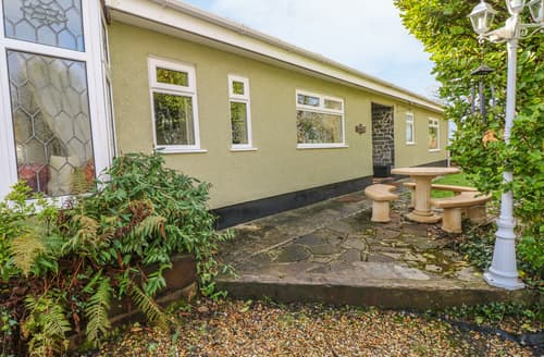 Big Cottages - Acorn Cottage
