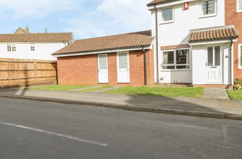Last Minute Cottages - 28a Hillesley Road