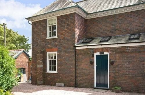 Last Minute Cottages - Superb Wrexham Quarters S5175