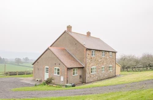 Last Minute Cottages - Orchard Cottage