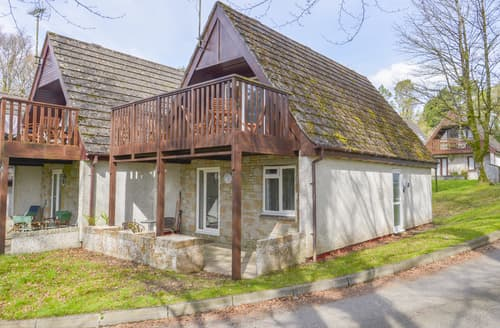 Last Minute Cottages - Valley Lodge 12