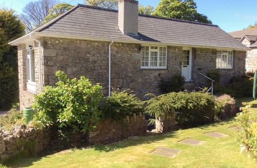 Last Minute Cottages - Mowie Cottage