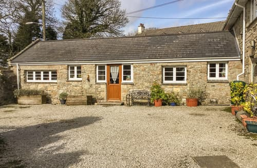 Last Minute Cottages - Mowie Barn
